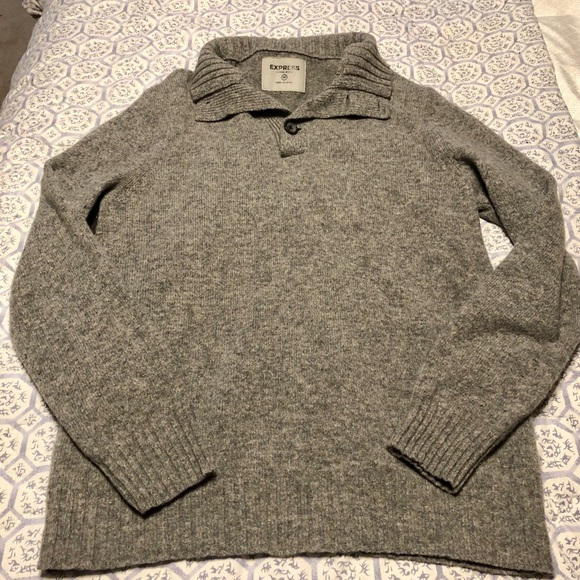Express Sweaters - Grey oversized pullover sweater